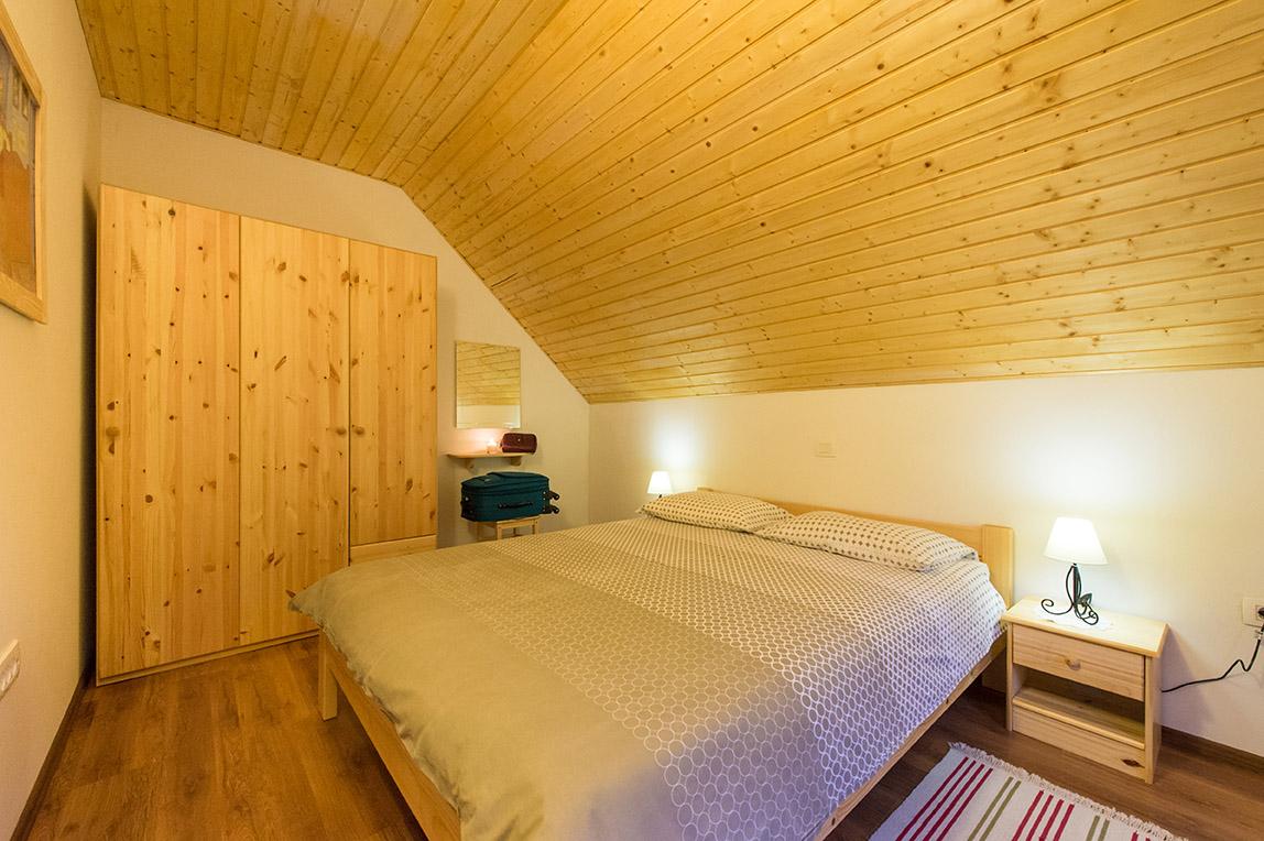 bedroom2-4-seasons-house