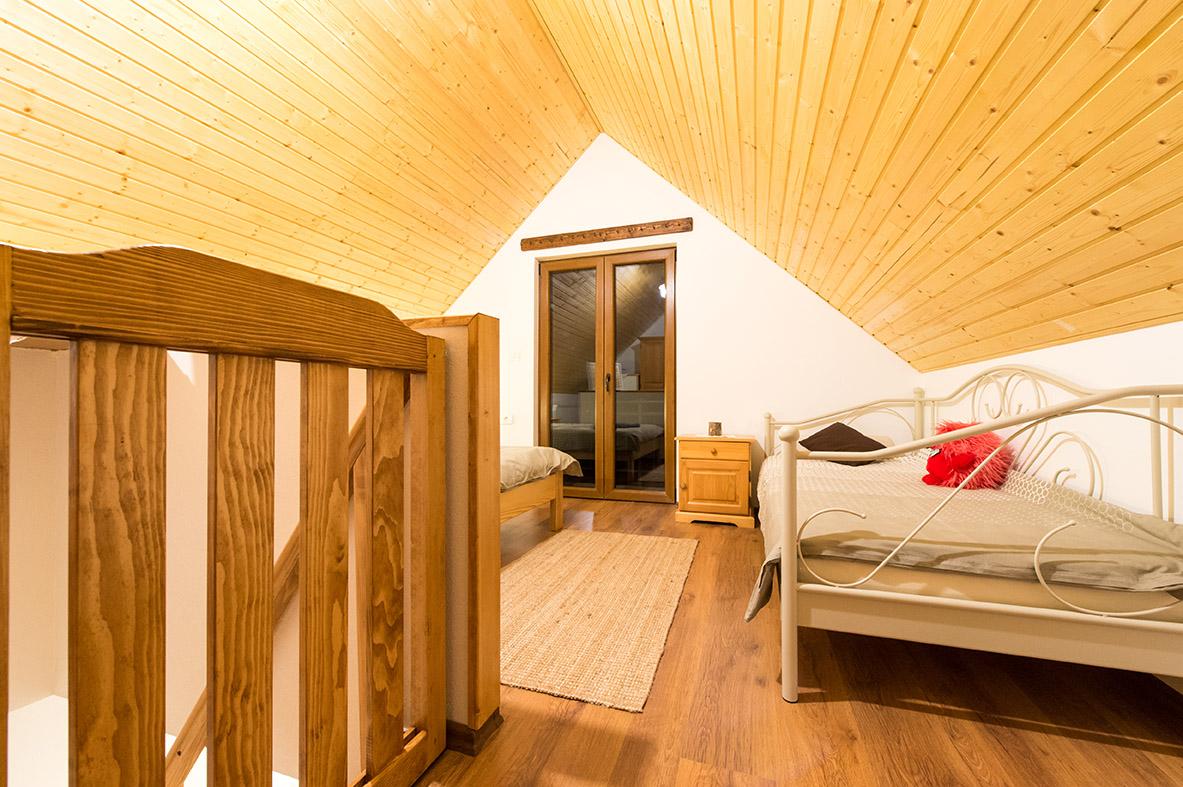 room1-mountine-view-4-seasons-house